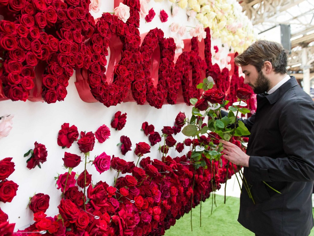 how-much-to-spend-on-a-gift-for-your-partner-this-valentines-day